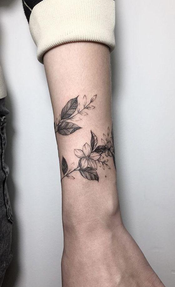 纹身百科 常见问题  注:熬夜,饿肚子,精神状态不佳,感冒等都会使纹身